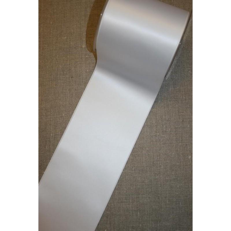 Satinbånd hvid 100 mm.-31