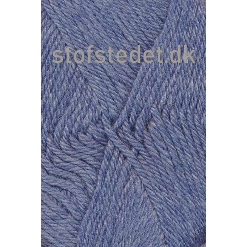 Ragg strømpegarn i lys denimblå