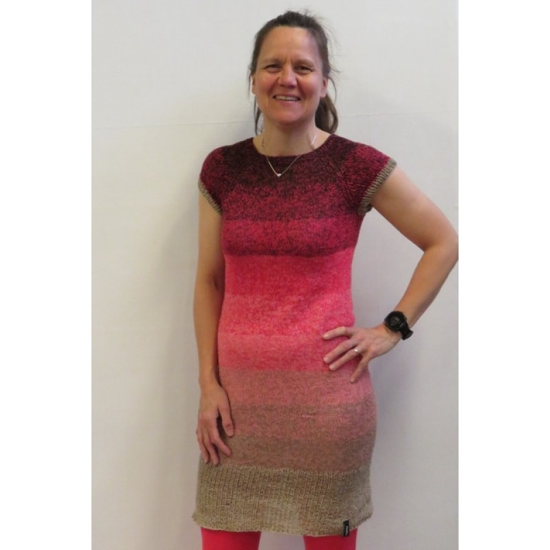 Strikket kjole i Rainbow Cotton