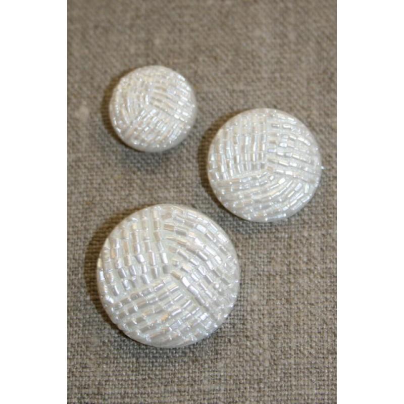 Knap i perle-look, hvid 18 mm.-31
