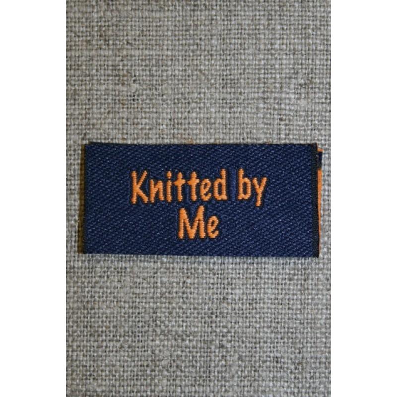"""Blå/orange mærke """"Knitted by me""""-35"""