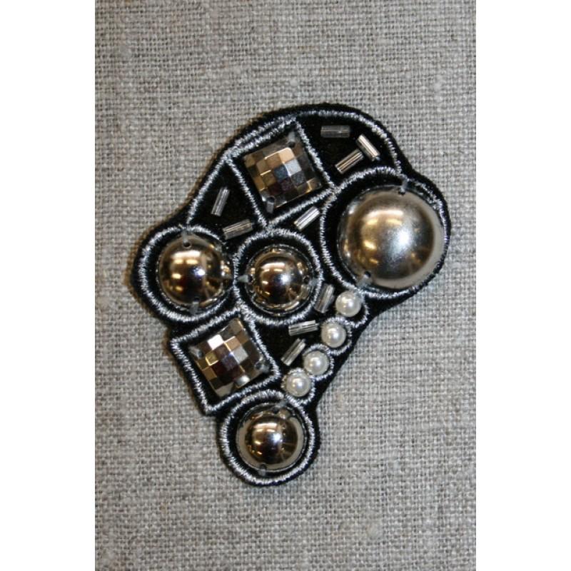 Motiv dråbe sort m/perler/nitter-31