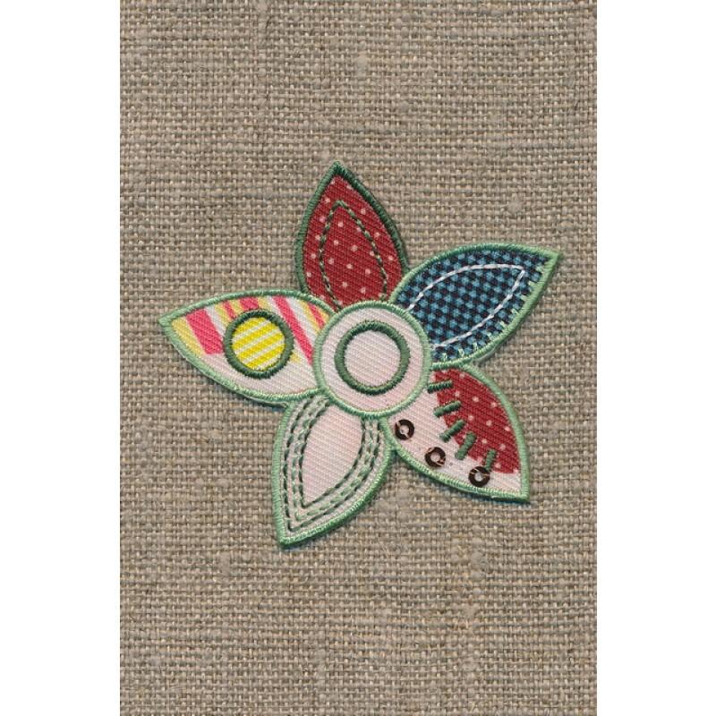 Strygemærke m/blomst i patchwork-look-35