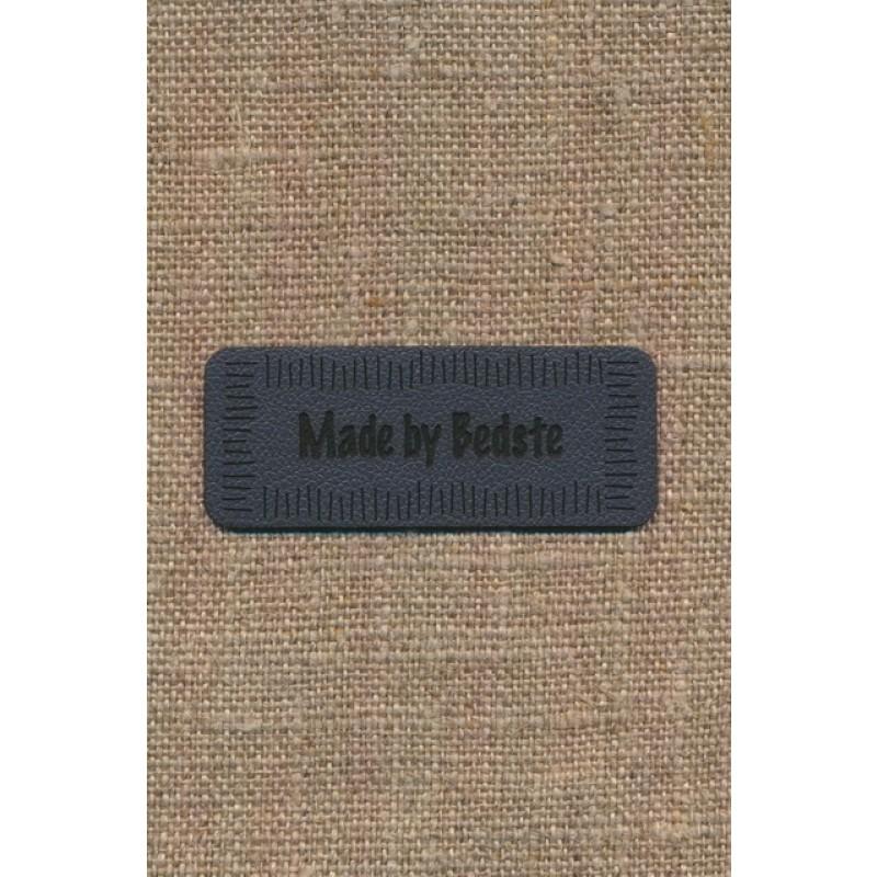 """Motiv i læderlook i grå """"Made by Bedste""""-34"""