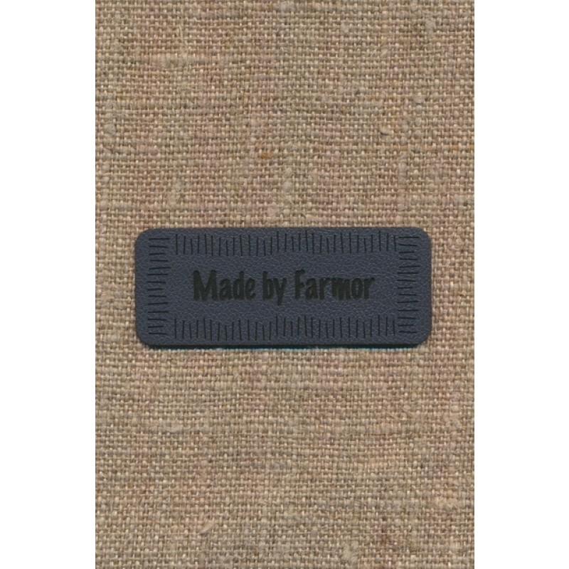 """Motiv i læderlook i grå """"Made by Farmor""""-37"""