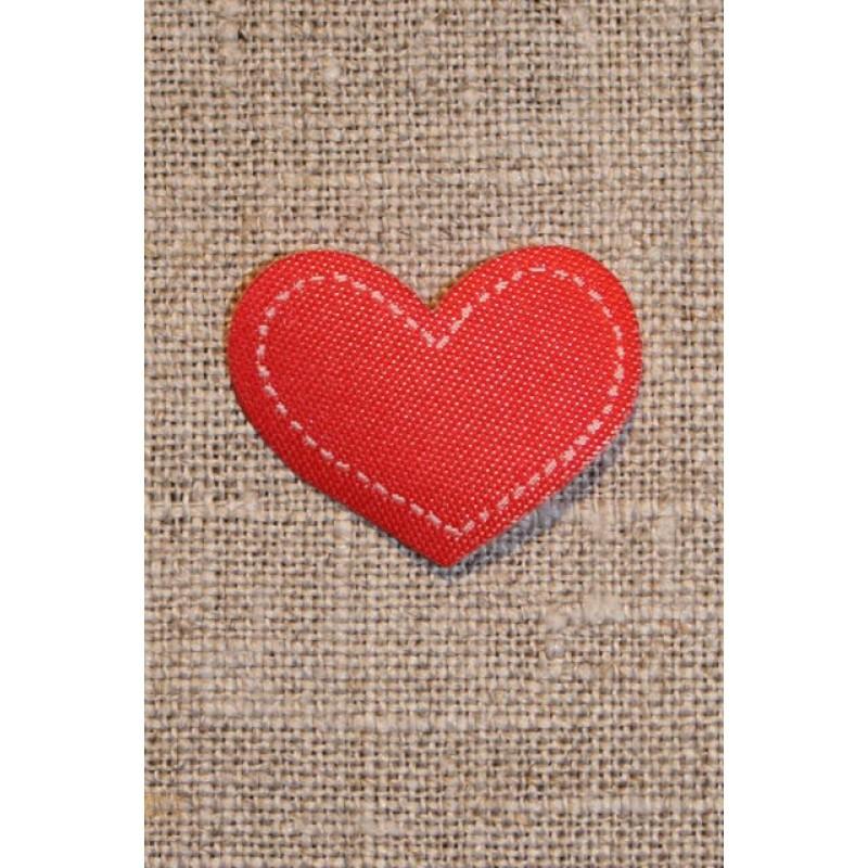 Strygemærke rødt hjerte, 18x22 mm.-31
