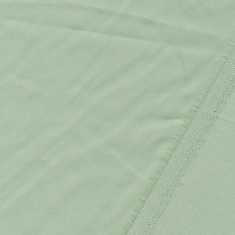 Fastvævet bomuldssatin i lysegrøn-312