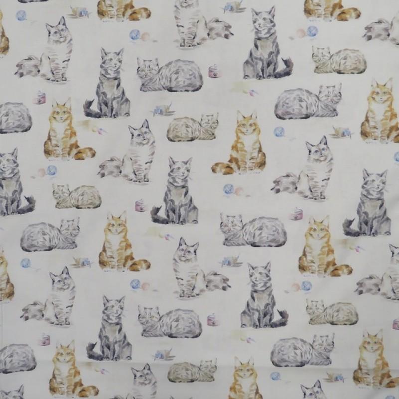 Patchwork stof i knækket hvid med katte