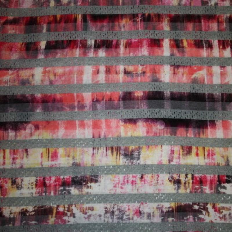 Let stribet/batik strik m/hulmønster i pink-33
