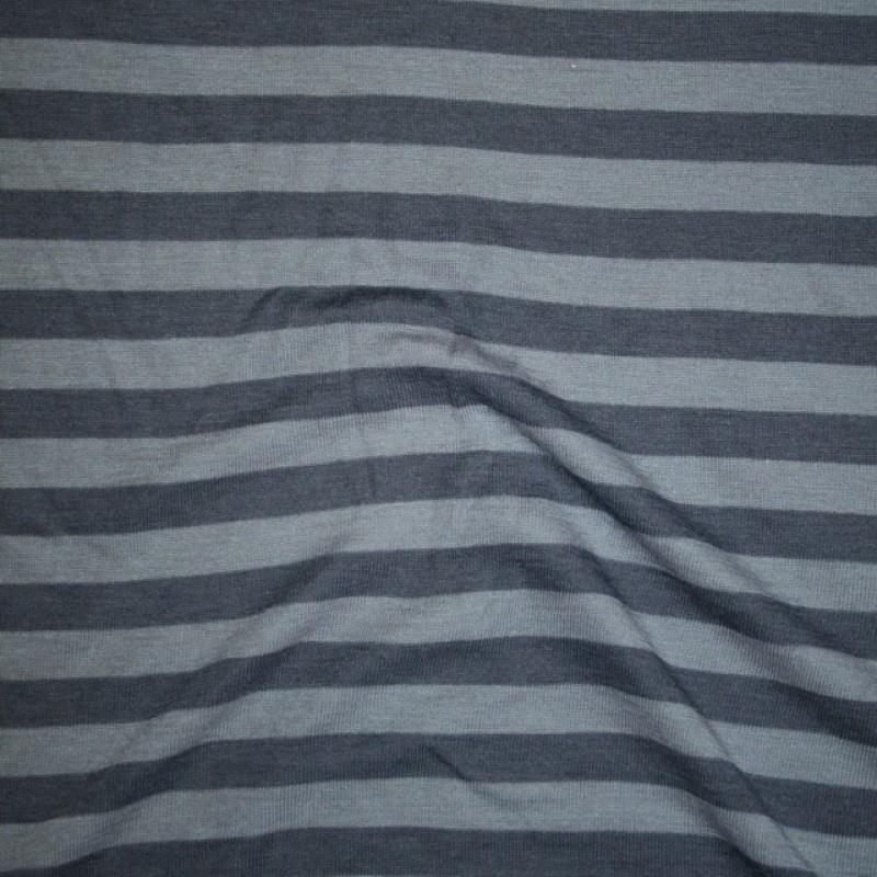 Ribstrikket jacquard uld stribet i denimblå og lys denim