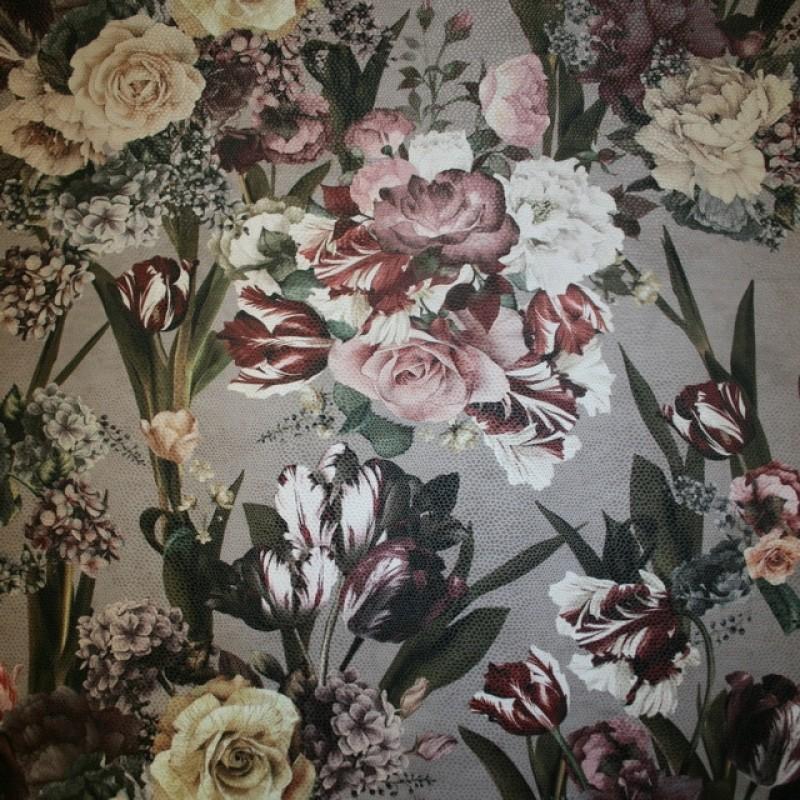 Velour med præget læder-look og blomster-34