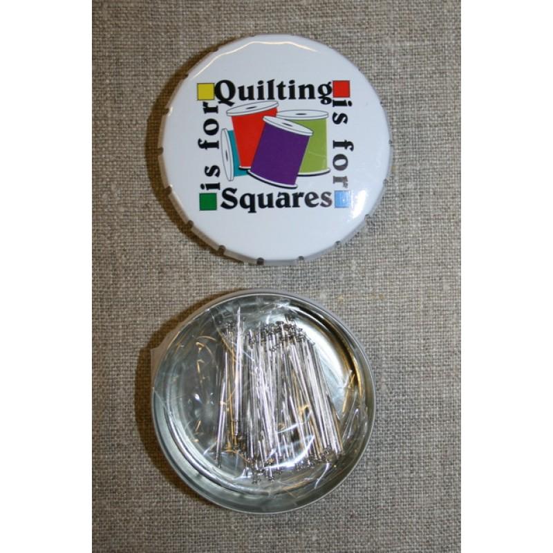 Click-clack-æske m/knappenåle, hvid Quilting is for squares-35