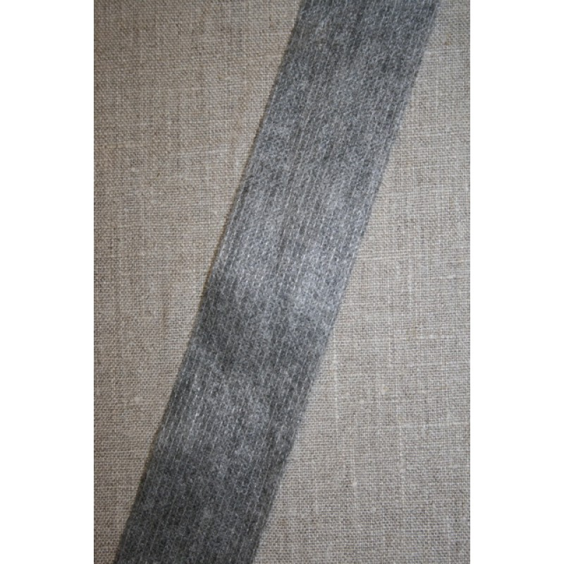 Vlies-bånd/vilene m/tråd-forstærker, grå 45 mm.