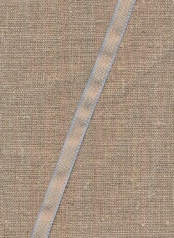 Hør bånd med babylyseblå kant, 10 mm.