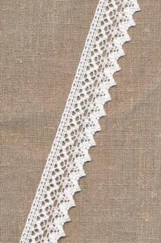 Bomulds-blonde i hvid med takket kant, 30 mm.