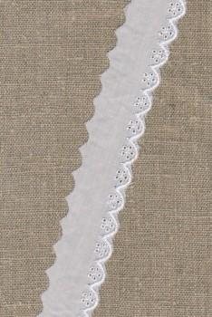 Rest Feston hvid med blankt broderi 30 mm.- 90 cm. M. Enkelte pletter