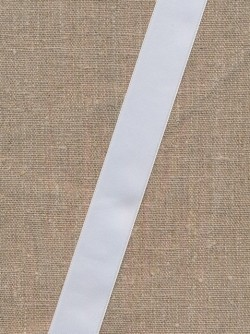 Satinbånd hvid 25 mm.