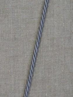 Snoet silkesnor i sølvgrå, 6 mm.