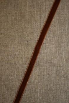 Rest Velourbånd nøddebrun 9 mm.- 55 og 70 cm. Ialt 125 cm.