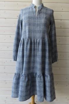 Kjole i tern med flæser, Onion 2087