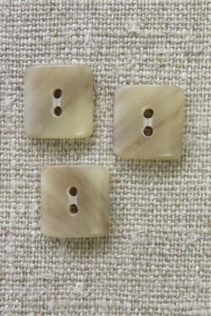 Firkantet 2-huls knap i beige/sand meleret 14 mm.