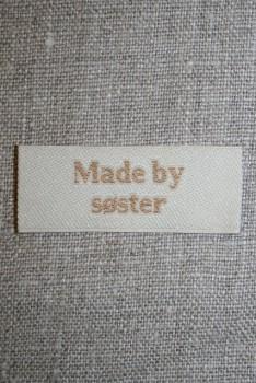 """Beige mærke """"Made by søster"""""""