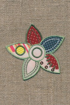 Strygemærke m/blomst i patchwork-look