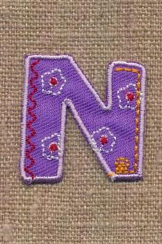 N - Bogstaver til påstrygning