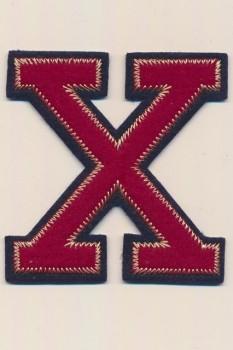 X - Bogstaver til påstrygning i mørk rød og marine, 75 mm.