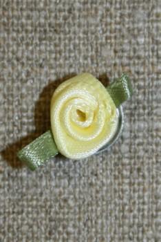 Rose, lysegul