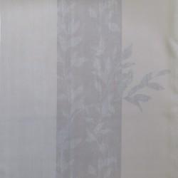 Mørklægnings-stof med svag strib og blad mønster i sand / lysegrå