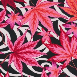 Afklip Patchwork stof af Kaffe Fassett sort og hvid 50x55cm