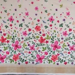 Patchwork stof med blomster i bort i offwhite