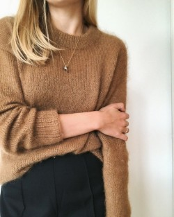 Stockholmsweater - PetiteKnit strikkeopskrift