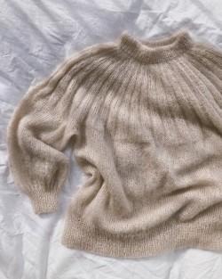 Sunday Sweater - Mohair Edition - PetiteKnit strikkeopskrift