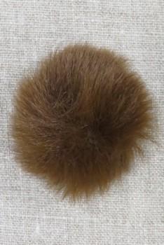 Pels-pompon i akryl i brun, 5 cm.