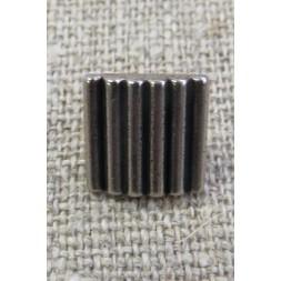 Firkanter knap i gl. sølv med riller, 11 mm.-20