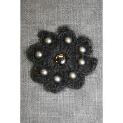 Hæklet blomst m/nitter, mørk grå-brun-20