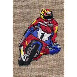 Strygemærke med motorcykel i rød og blå-20