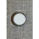 Lille hvid knap m/sølv-kant, 11 mm.
