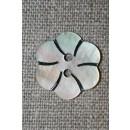 Perlemorsknap lys/natur m/blomst 20 mm.