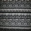 Strik m/stribe-mønstret sort/grå/off-white