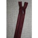 42 cm. usynlig lynlåse, vinrød